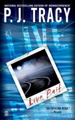 Live Bait (Monkeewrench Novel)