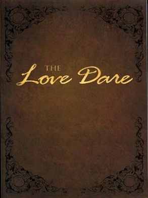 The Love Dare (Christian Large Print Softcover)