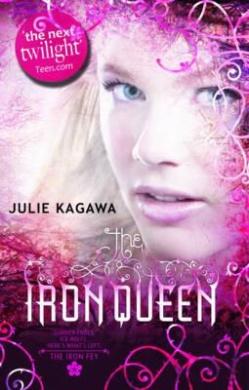 The Iron Queen (The Iron Fey, Book 3) (The Iron Fey)
