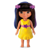 Fisher-Price Magical Colours Dress Up Dora