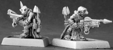 Bloodstone Gnome Pinners (9) (OOP)