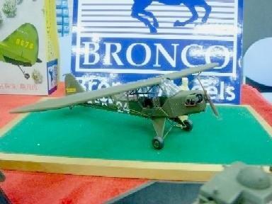 Bronco Models 1/35 WWII Piper Cub L4H Grasshopper Aircraft