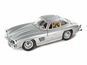 Bburago 1954 Mercedes-Benz 300 SL 1/24 Silver