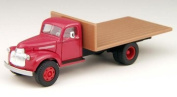 Classic Metal Works Mini Metals HO Scale 1941-1946 Chevrolet Flat Bed Truck Swift's Red