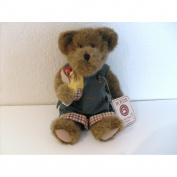 Calvin Cooper 25cm Boyds Bear