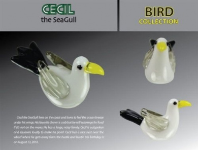 LOOKING GLASS CECIL THE SEAGULL GLASS FIGURINE