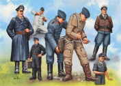 Revell 1:48 Pilots & Ground Crew German Air Force WWII