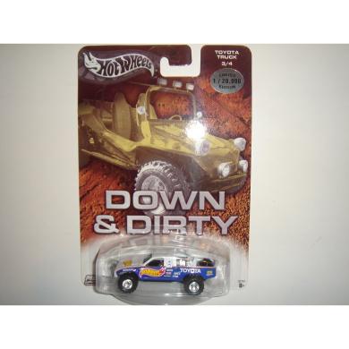 2004 Hot Wheels Affinity Down & Dirty Toyota Baja Truck White/Blue