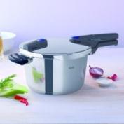 Fissler Vitaquick 4.5l. Pressure Cooker w/Perforated Inset