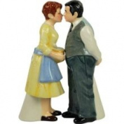 Westland Giftware Happy Days Magnetic Mr. and Mrs. C Salt and Pepper Shaker Set 10.8cm