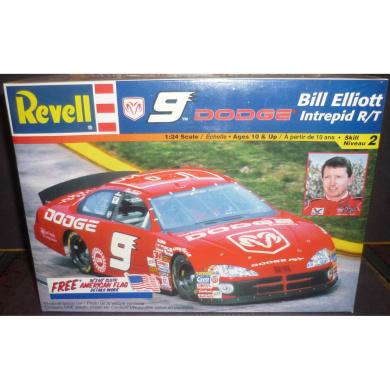 Revell 9 Dodge Intrepid R/T Bill Elliott Racing Car 1:24 Model Kit