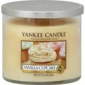 Yankee Candle Housewarmer Vanilla Cupcake Medium Lidded Candle Tumbler
