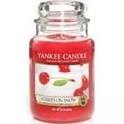 Cherries on Snow Yankee Candle 650ml