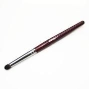 Makeup Geek - Outer V Brush