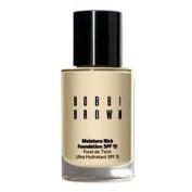 Bobbi Brown Bobbi Brown Moisture Rich Foundation SPF 15 - Warm Sand, 30ml
