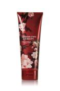 Bath & Body Works Japanese Cherry Blossom Signature Collection Body Cream 240ml