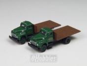N Die-Cast IH R-190 Flatbed Truck Builders (2) MWI50256