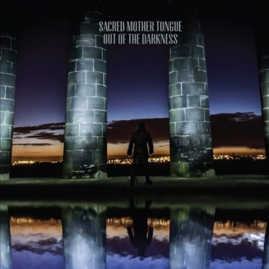 Out of the Darkness [Digipak]