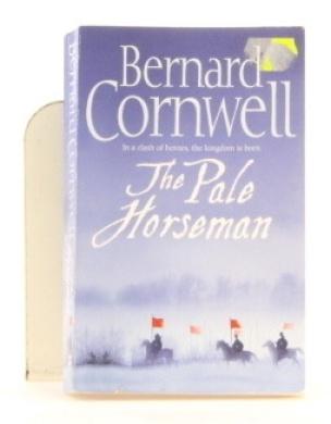 The Pale Horseman [Paperback]