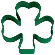 Wilton Green Metal Shamrock Cookie Cutter [Kitchen]