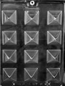SMALL PYRAMID CHOCOLATE CANDY mould
