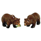 North American Grizzly Bear Salt & Pepper Shakers Set S/P