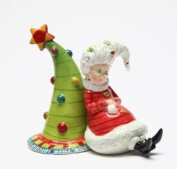 9.2cm Mrs. Claus Leaning Against Christmas Tree Salt And Pepper