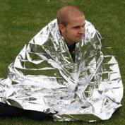Emergency Survival Blanket Thermal Blanket Moistureproof Blanket Silver