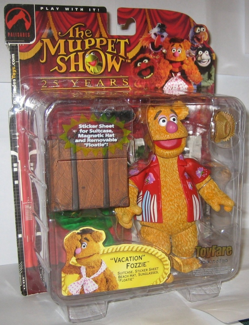 The Muppets ToyFare Exclusive Action Figure Vacation Fozzie