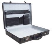 ROADPRO 17.5 x 4 x 13 Black Aluminium Briefcase SPC-941G
