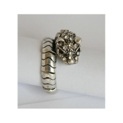 Zirconmania 622R-0146 Silvertone Crystal Panther Stretch Ring