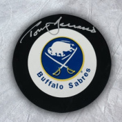 AJ Sports World BART113050 TOM BARRASSO Buffalo Sabres Autographed Hockey PUCK