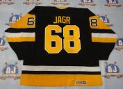 AJ Sports World JAGJ133000 JAROMIR JAGR Pittsburgh Penguins SIGNED 1992 Stanley Cup Hockey Jersey