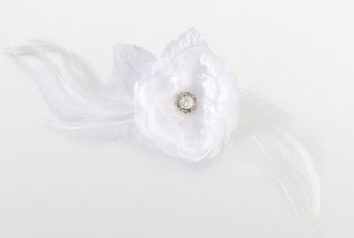 Lillian Rose JL237 W Lace and Feather Hair Clip or Pin - White