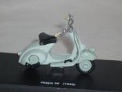 VESPA 98 1946 WEISS 1/43 NEW RAY MODELLMOTORRAD MODELL MOTORRAD