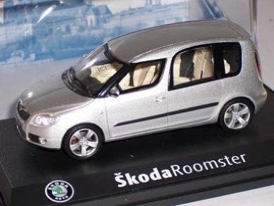 Skoda Roomster 2007 Diamond Silver Metallic Silber 143ab007a 1/43 Abrex Modellauto Modell Auto