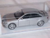 Audi A4 A 4 Limosuine B8 B 8 2009 Silber Silver 1/24 New Ray Modellauto Modell Auto