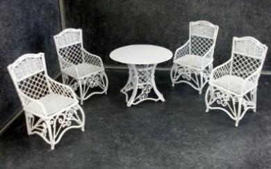 Dolls House Garden Furniture White Wrought Iron Patio Set Table 4 Chairs