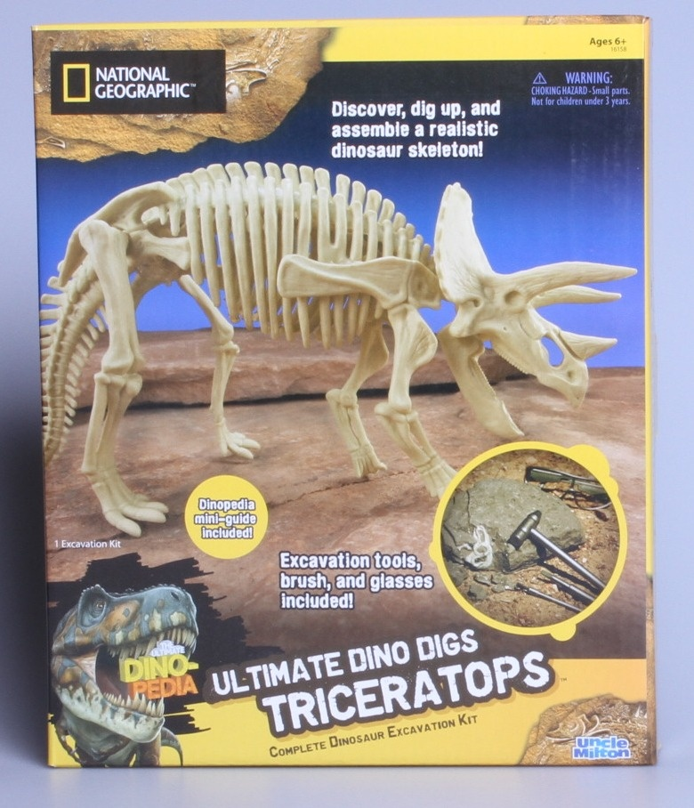 National Geographic Uncle Milton Ultimate Dino Digs Complete Dinosaur  Excavation Kit Triceratops Edition
