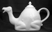 DRH 1l/30 floz White Ceramic Camel Shaped Teapot 901195