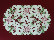 """Tablecloth accessories - Table Runner - Oval 17"""" (43cm) - Pink Rose with White daisy embroidery"""