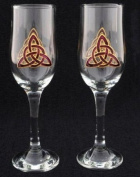 Pair of Champagne Flutes in a Purple Celtic Eternity Knot Design. Handpainted and designed in the UK by Beverley Gallagher, these significant and expressive gifts are ideal for Christmas, Valentine's Day, Mother's Day, Easter, birthdays, anniversaries, ..
