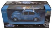Diecast Volkswagen Beetle blue with Surfboard 1/24 scale