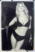 Caprice - B/W Underwear - 86x61cm