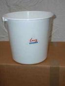 Lucy white 7.6l bucket