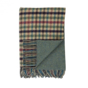 Johnstons of Elgin Loch Oire Reversible Green Cheque and Green Tweed Lambswool Throw