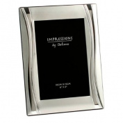 Satin Silverplated Shiny Wavy Photo Frame 10cm x15cm