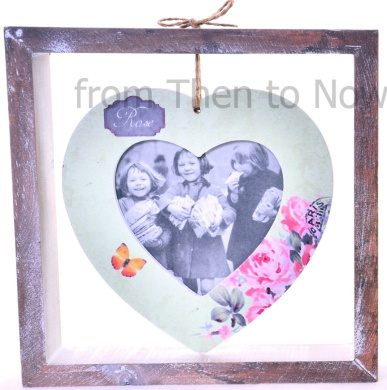 Chic & Shabby Green Wooden Heart Hanging Photo Frame on Stand Freestanding