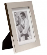 Flat Shiny Plain Silver Plated On Steel 2.5cm Thick Photo/Picture Frame That Holds a 10cm x 15cm Picture/Photo