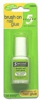 5 SECOND BRUSH ON NAIL GLUE Size: 6 GR